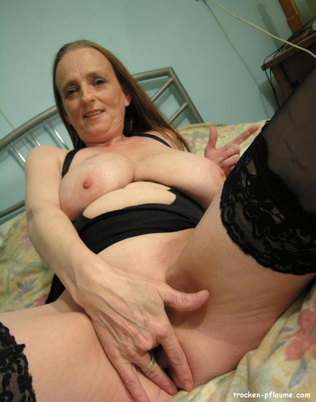 Reife Frau mit Dicken Eutern abgefickt