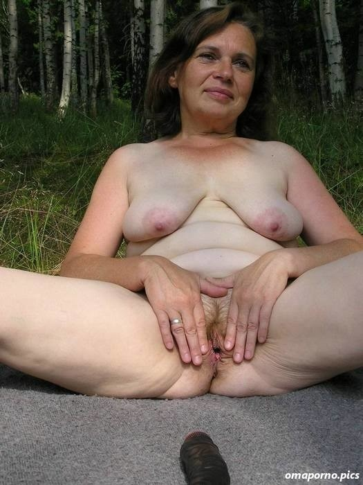 Reife Hausfrau Nackt