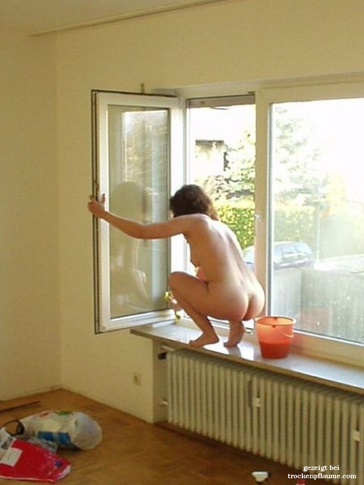 Hausarbeit Nackt