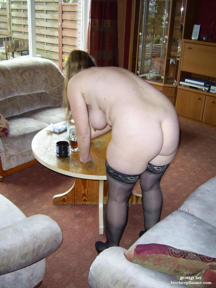 Frau Kocht Nackt